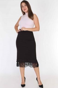 Juodas sijonas su nėriniais